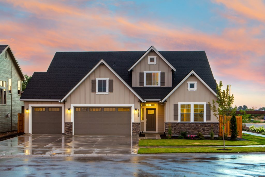 What Seniors Should Know About Downsizing and Selling A Home