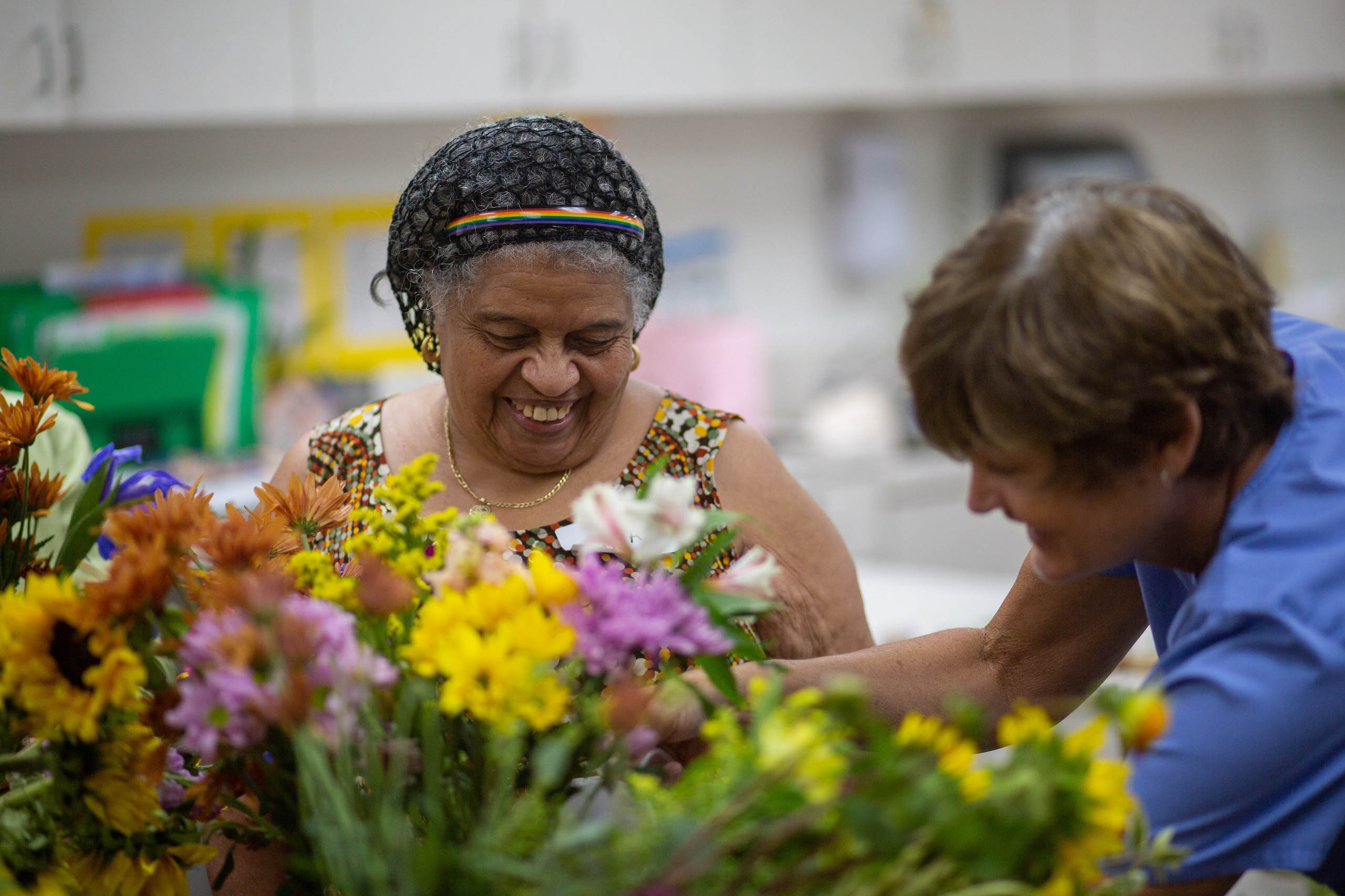 6 Health Benefits of Gardening for Seniors